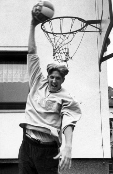 Young Dirk Nowitzki